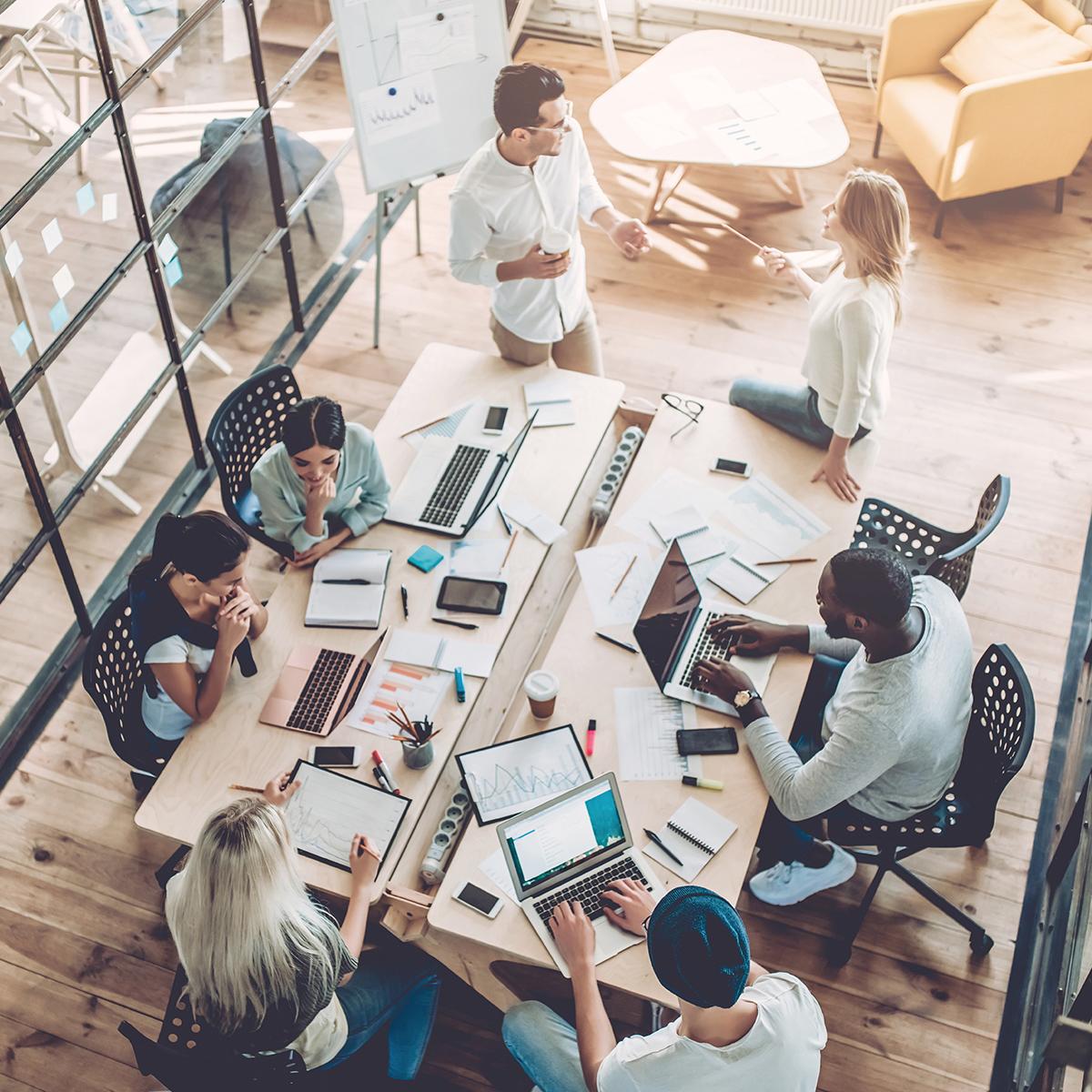 10 redenen waarom coworken beter werkt dan thuiswerken
